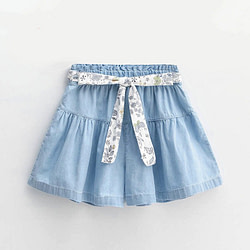Baby Children's clothing new 2020 summer Korean version of the girl denim shorts in the air in the big boy cotton foreign trade pants a generation [tag]